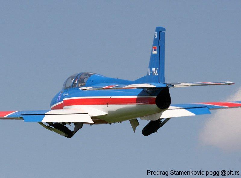 cenej-aerodrom-soko-g2-galeb-aerobatic-team-stars_12