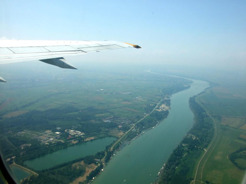 Boeing 737-200 Jat Over the Belgrade