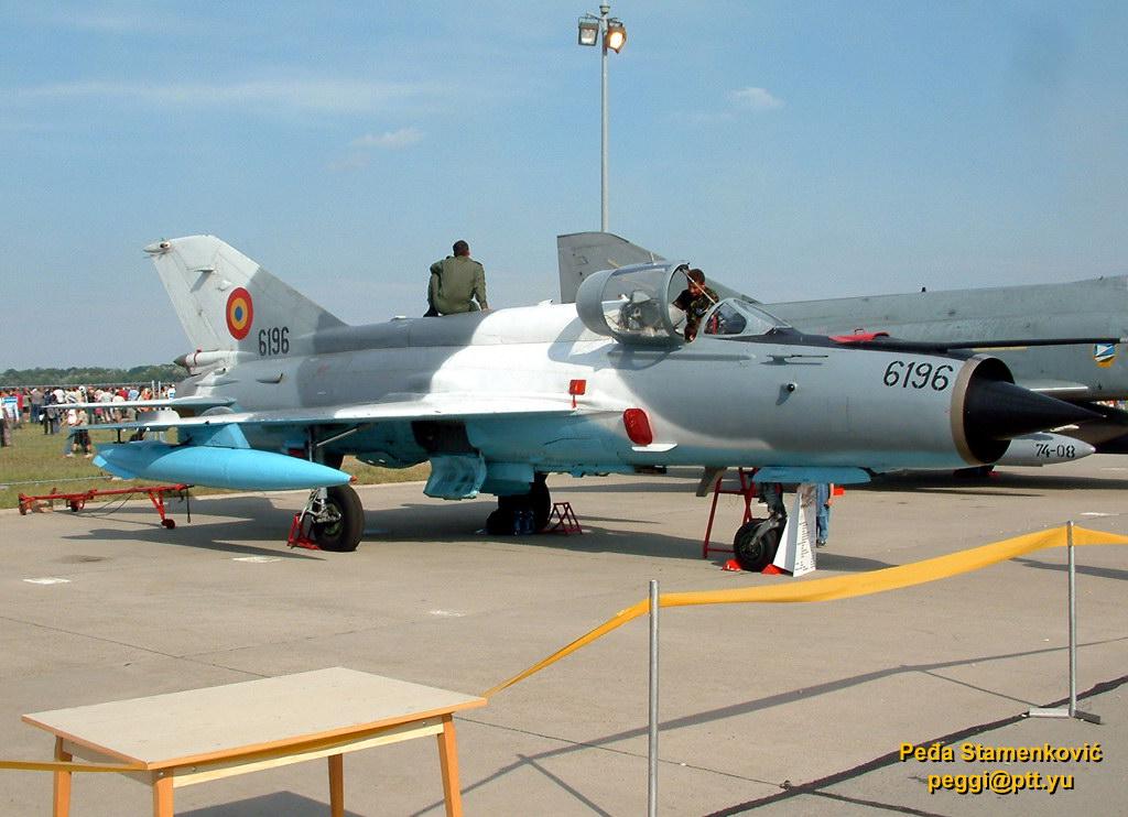 mig-21-lancer-c-6196-romanian-air-force.jpg