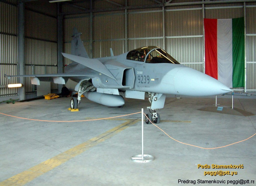 saab-jas39a-gripen-slovak-air-force-9239.jpg